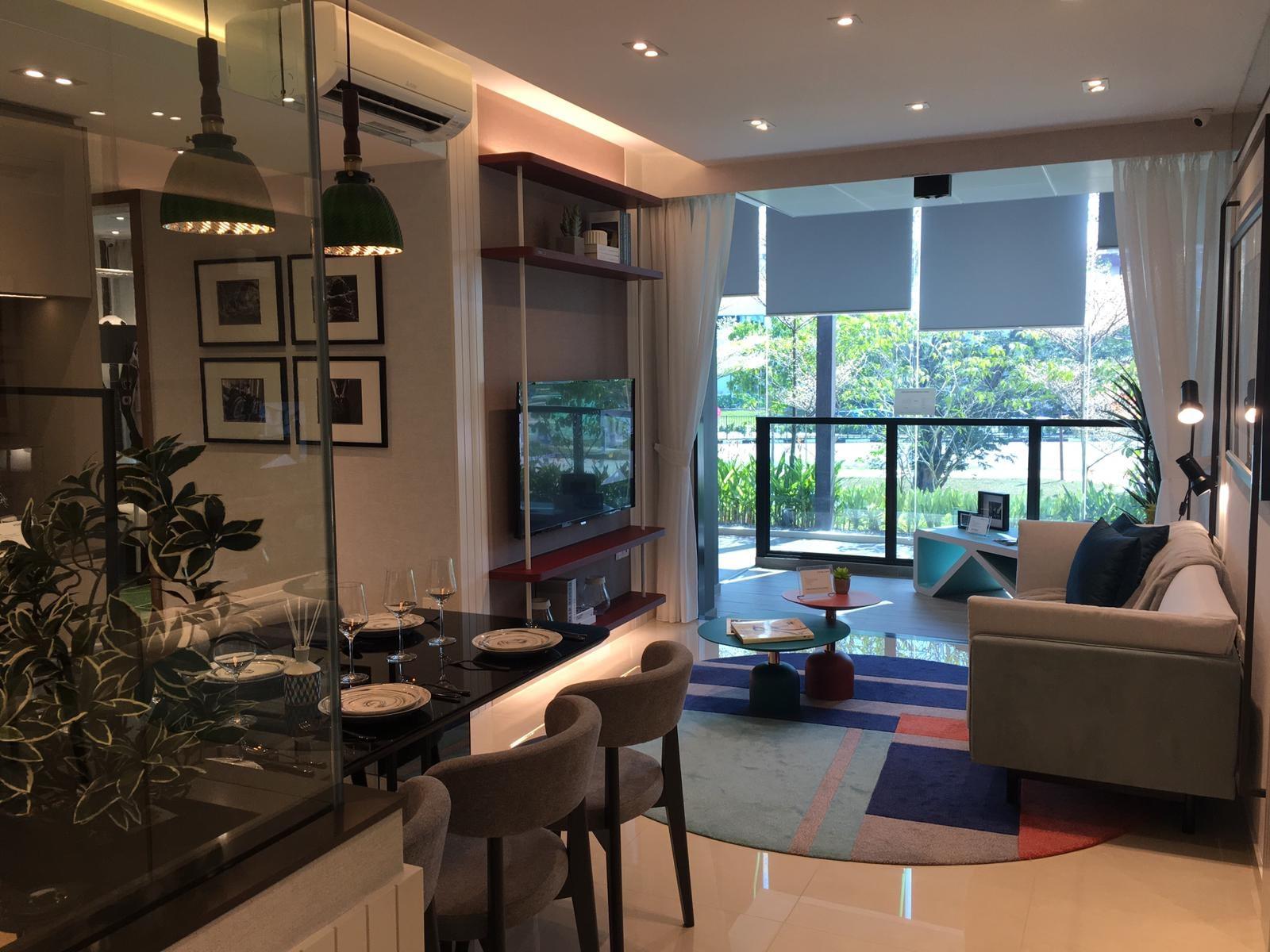 whistler grand living room overview